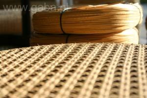 Pracownia renowacji mebli wyplatanych. Wyplatanie, naprawa krzeseł i foteli