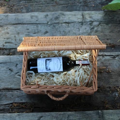 Szampanówka - walizka wiklinowa